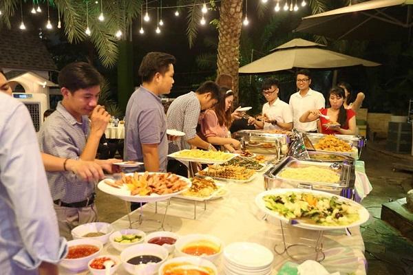 Top 10 dịch vụ đặt tiệc tại nhà ngon và rẻ nhất TP.HCM